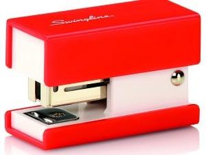 Swingline Mini Fashion Stapler, 12 Sheets, Red (S7087873)