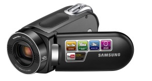 Samsung SMX-F34 Flash Memory Camcorder w16GB Memory & 42x Intelli-Zoom (Black)