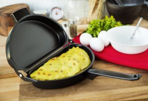 Top 10 Best Omelette Pans in 2018 Reviews